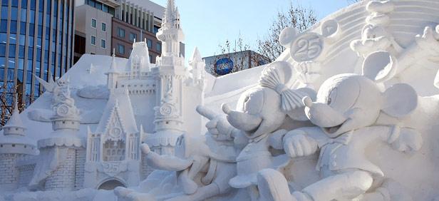 Una de las impresionantes esculturas de hielo del festival de Sapporo